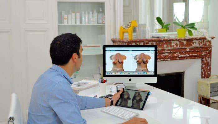 Implants mammaires en 4D avec CRISALIX 4D